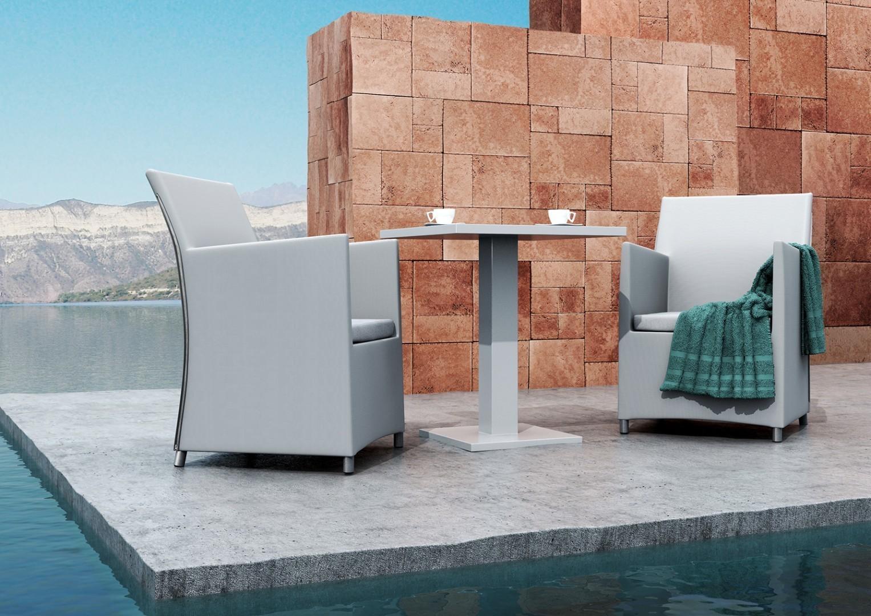 Na zdjęciu ekskluzywne meble ogrodowe aluminiowe