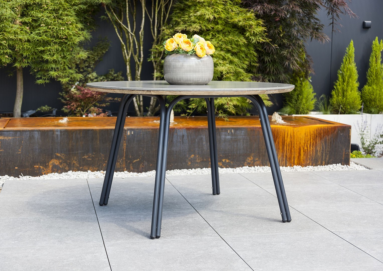 jak urządzić taras stół ogrodowy Simi