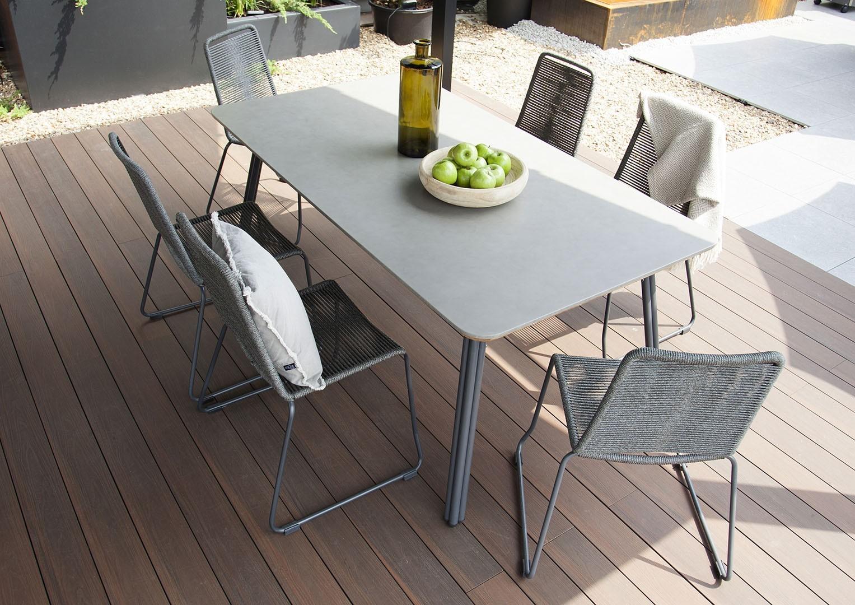 Szare meble ogrodowe stół SIMI i krzesła KEA